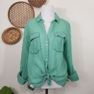 Kut from the Kloth cotton button down shirt M